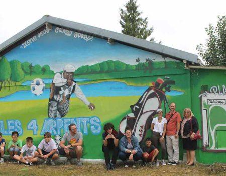 Le graffiti réalisé par les jeunes de Monéteau et Crazy Spray
